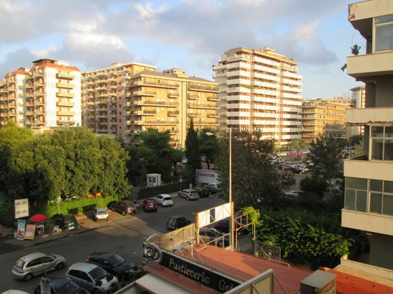 Ufficio H Via Taormina Palermo : Uffici arredati palermo in affitto temporaneo